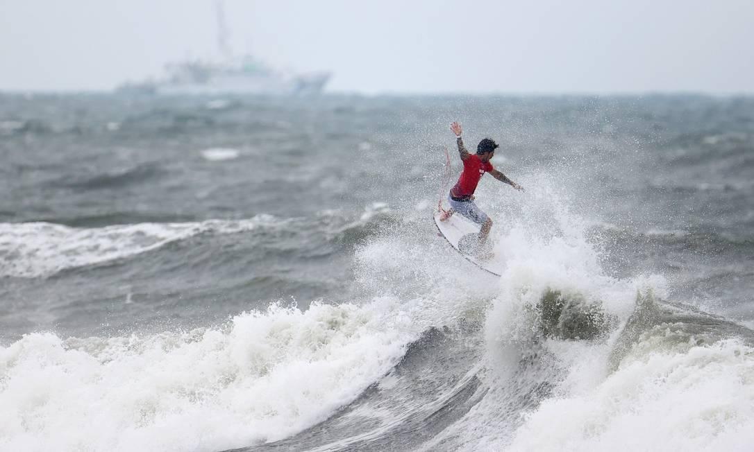 Gabriel Medina está entre os oito melhores do surfe olímpico Foto: LISI NIESNER / REUTERS