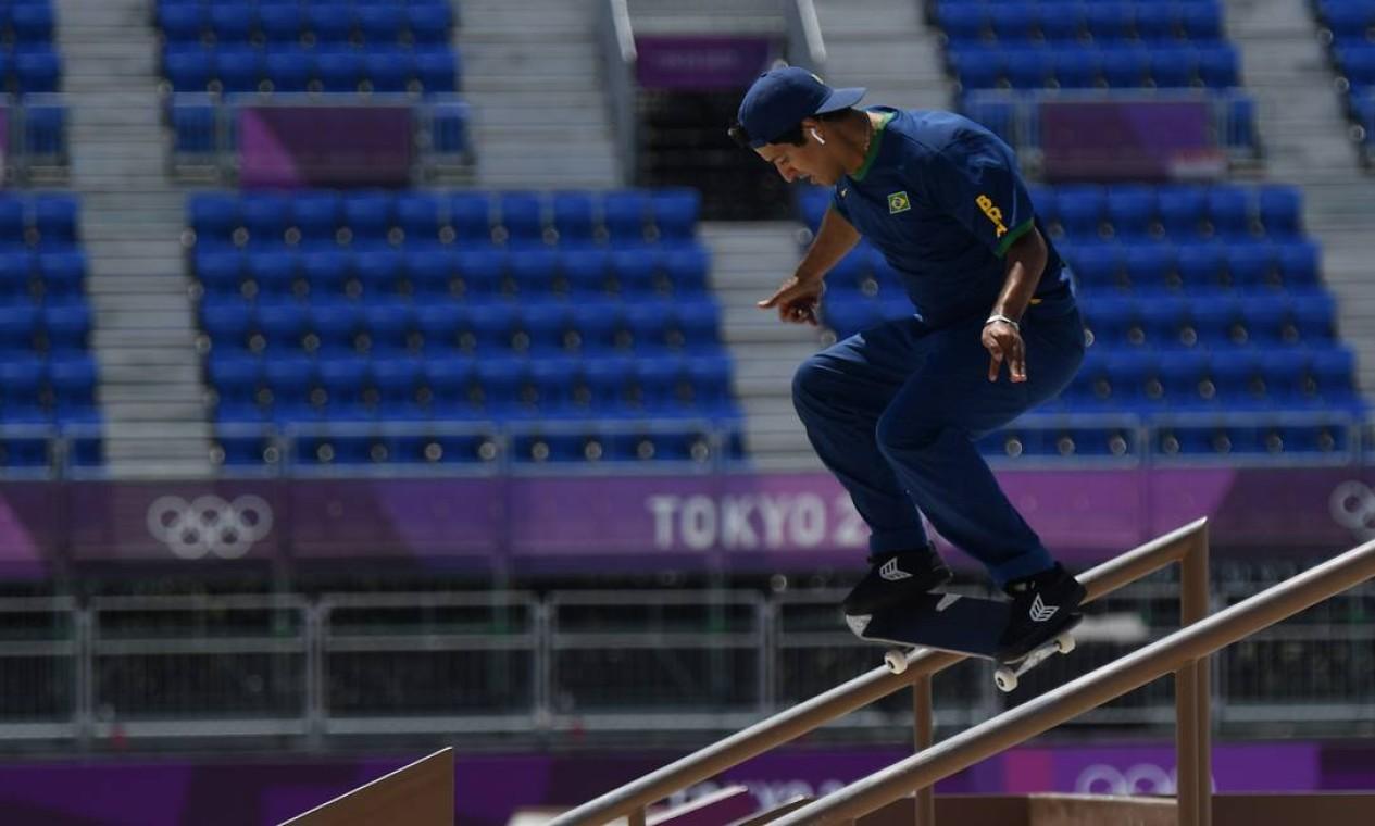Kelvin Hoefler, 27 anos, ficou com 36,15 na final olímpica e escreveu seu nome no primeiro pódio olímpico do skate Foto: TOBY MELVILLE / REUTERS