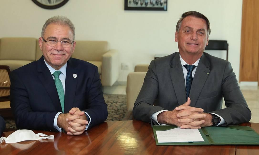 O ministro da Saúde, Marcelo Queiroga, e o presidente Jair Bolsonaro, durante reunião no Palácio do Planalto Foto: Isac Nóbrega/26-07-2021