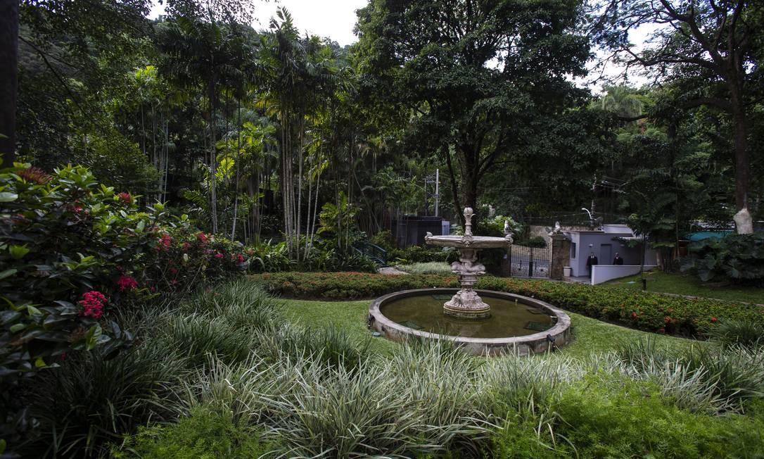 Jardim de Burle Marx na Casa Roberto Marinho é extensão da Mata Atlântica. Foto: Alexandre Cassiano / Agência O Globo