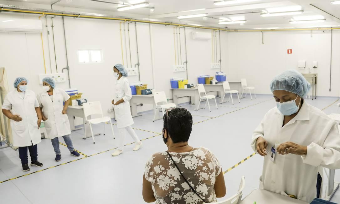 Vacinação contra a Covid-19 no Rio de Janeiro Foto: Gabriel de Paiva/Agência O Globo/07-06-2021