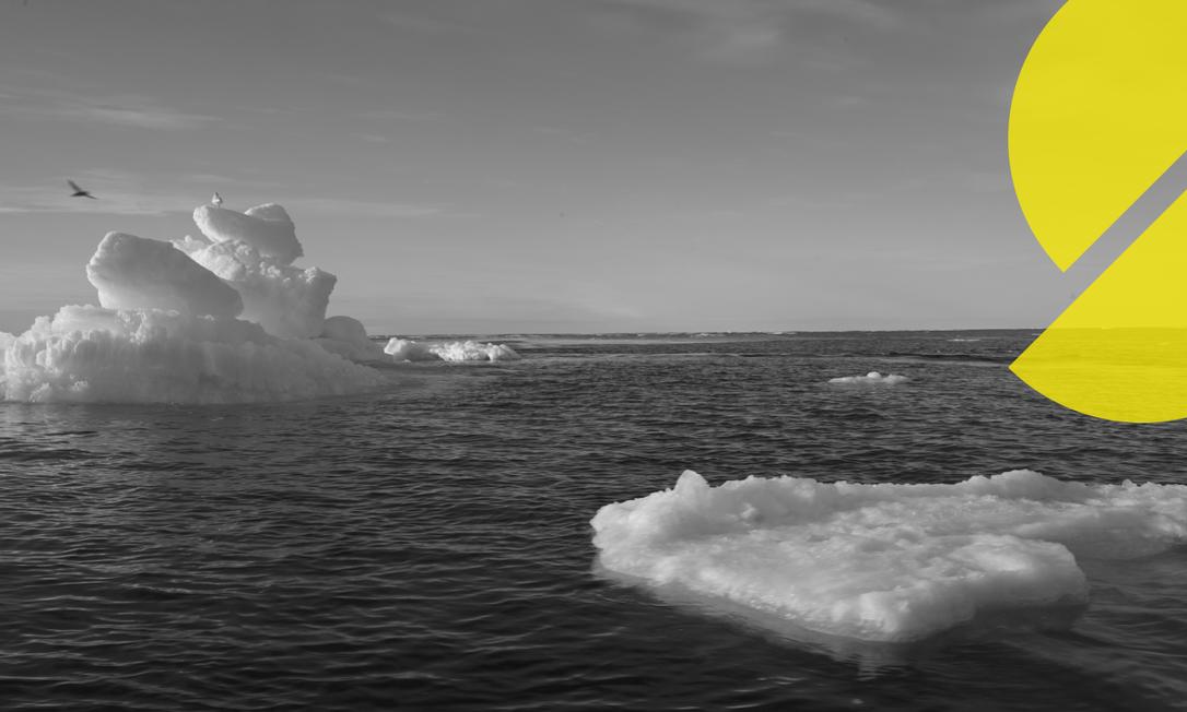 Gelo flutuando é visto durante a expedição do navio Arctic Sunrise do Greenpeace no Oceano Ártico, de setembro de 2020. Foto: NATALIE THOMAS/Reuters