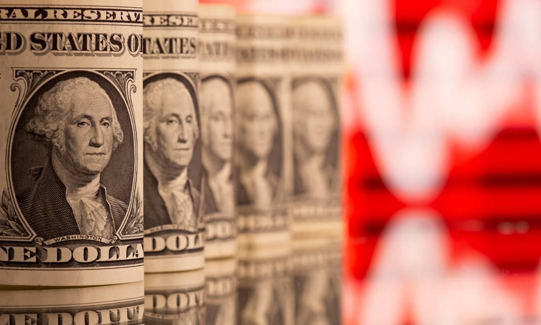 Dólar operava em alta, com investidores avaliando novos dados de inflação e emprego. Foto: DADO RUVIC / Reuters