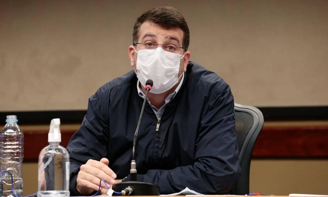 O secretário municipal de saúde, Daniel Soranz, em divulgação de boletim epidemiológico Foto: Reprodução/Divulgação