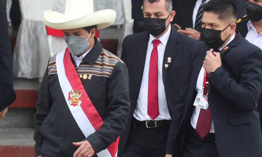 Presidente peruano Pedro Castillo saiu de parada militar em Lima para ir ao Norte do país, atingido por terremoto Foto: SEBASTIAN CASTANEDA / REUTERS