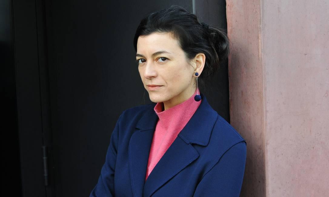 A escritora argentina Samanta Schweblin, traduzida para 24 idiomas e autora de livros adaptados para filme e série Foto: Suhrkamp Verlag / Divulgação