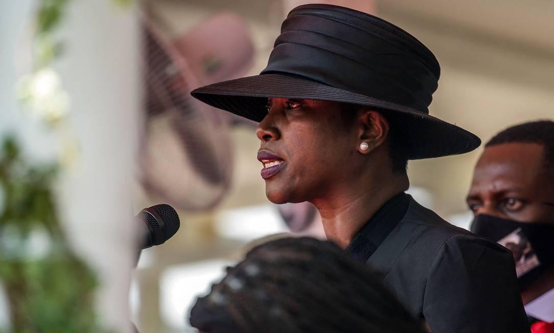 Martine Moïse discurso durante sepultamento do marido Jovenel Moïse Foto: VALERIE BAERISWYL / AFP