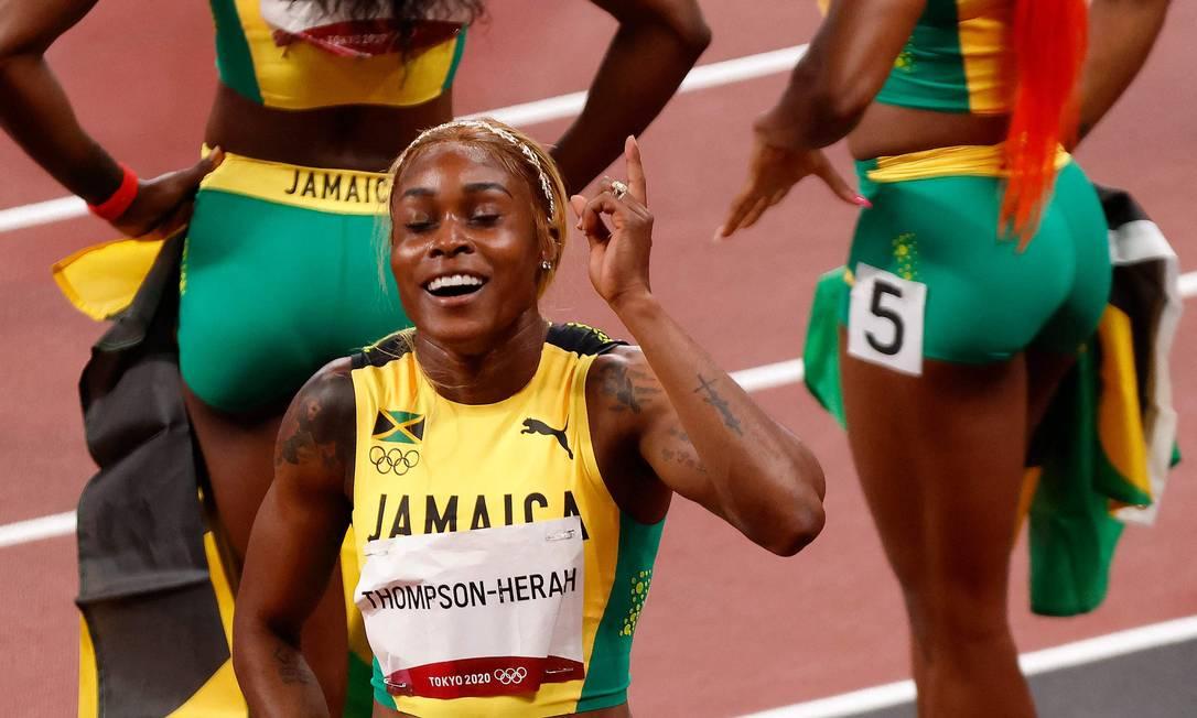 Elaine Thompson-Herah celebrando vitória Foto: AFP