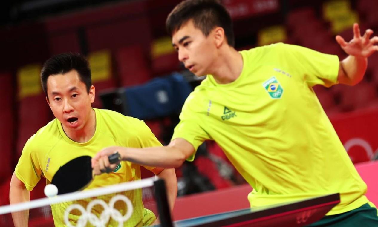 No tênis de mesa, Vitor Ishiy e Gustavo Tsuboi foram eliminados pelos sul-coreanos Lee Sang-Su e Jeoung Young-Sik por 3 a 0, pelas quartas de final do torneio por equipes masculino Foto: LUISA GONZALEZ / REUTERS