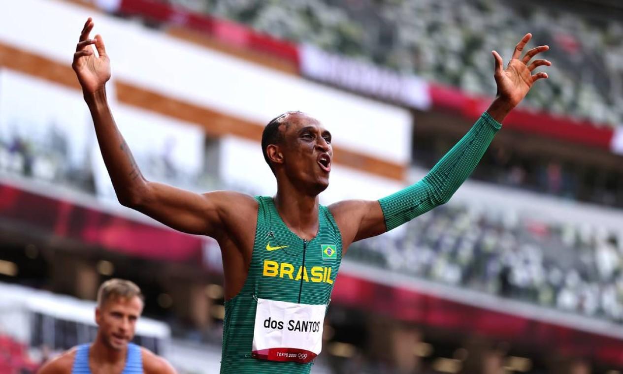 Alison dos Santos conquistou o bronze nos 400m com barreiras Foto: LUCY NICHOLSON / REUTERS