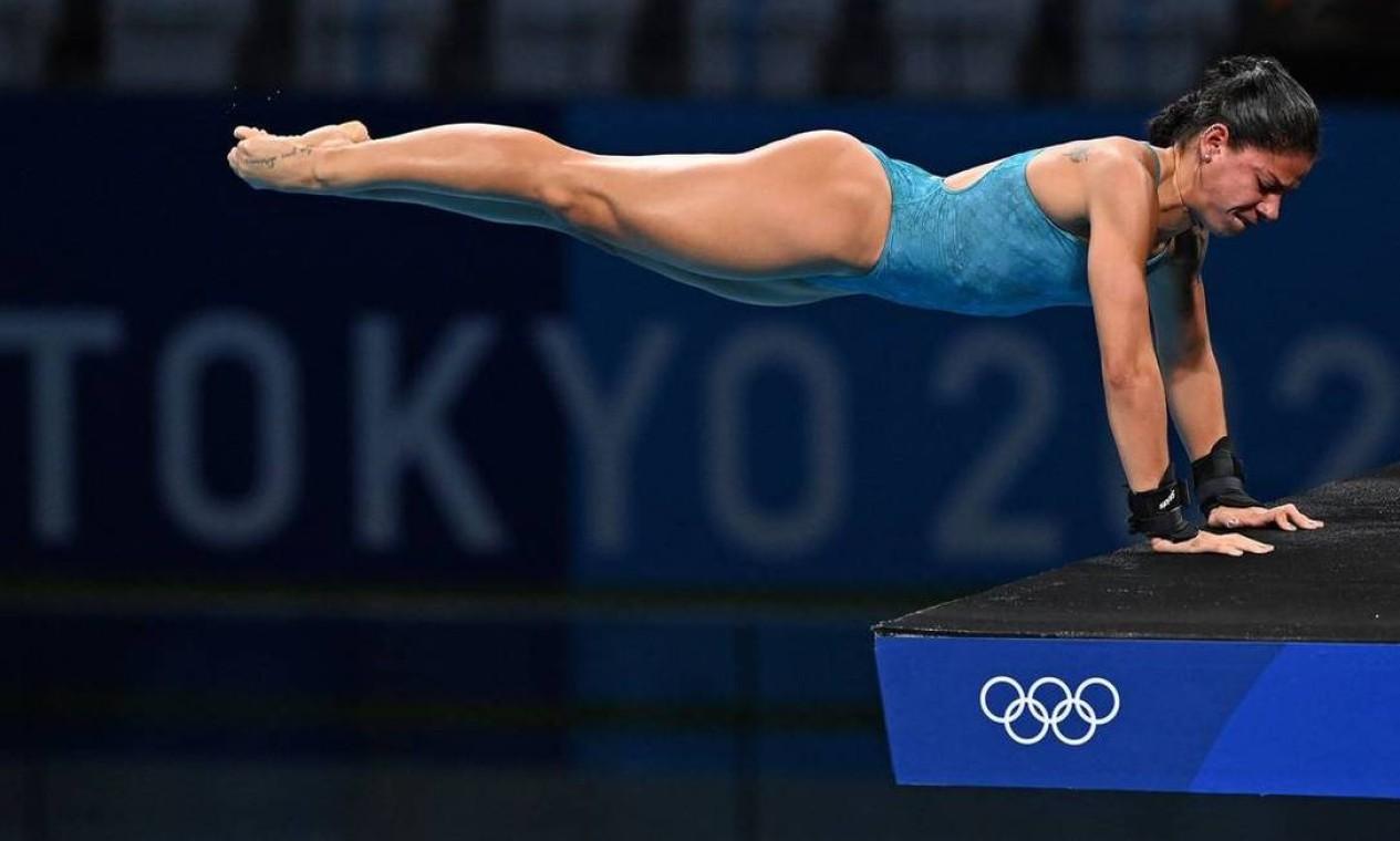 Ingrid Oliveira não conquistou uma vaga entre as 18 primeiras classificadas e não avançou à semifinal dos saltos ornamentais Foto: ATTILA KISBENEDEK / AFP