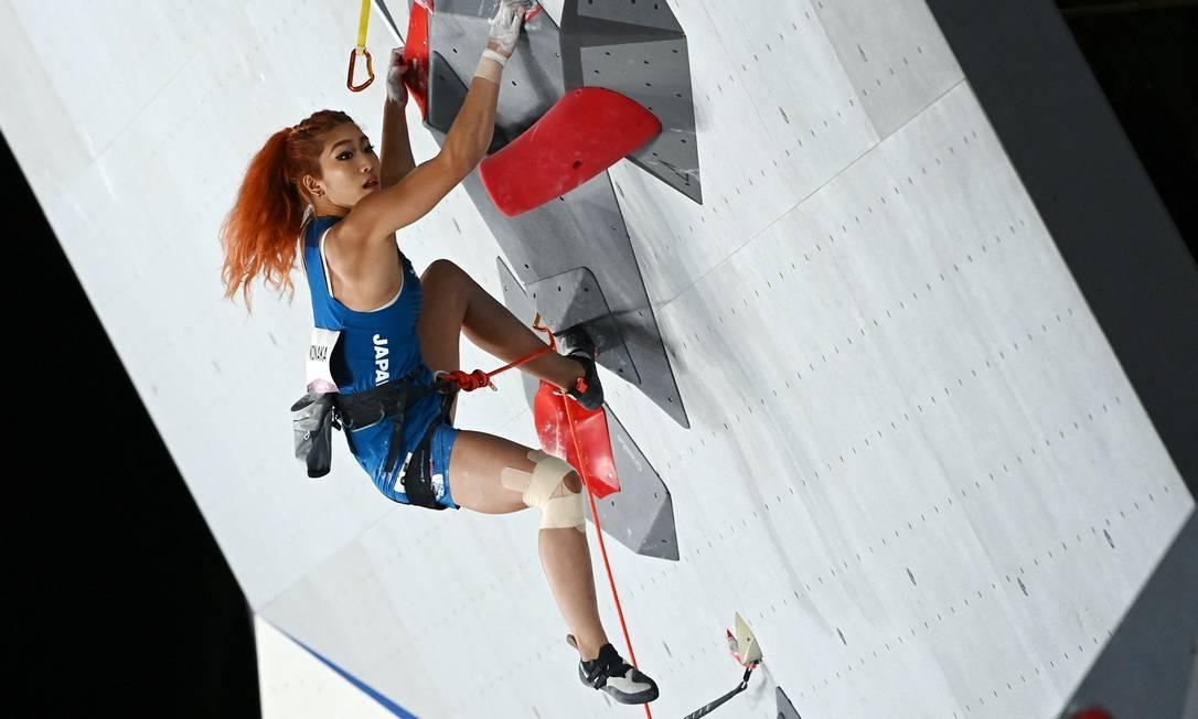 A japonesa Miho Nonaka na prova de lead da escalada, modalidade que estreia nos Jogos Olímpicos em Tóquio: ela é uma das mais cotadas ao pódio Foto: MOHD RASFAN / AFP