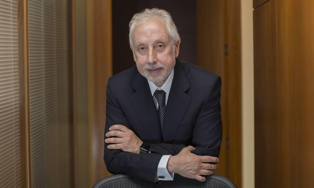 O economista Persio Arida, ex-presidente do BNDES e do Banco Central, foi sócio do banco BTG Foto: Edilson Dantas / Agência O Globo