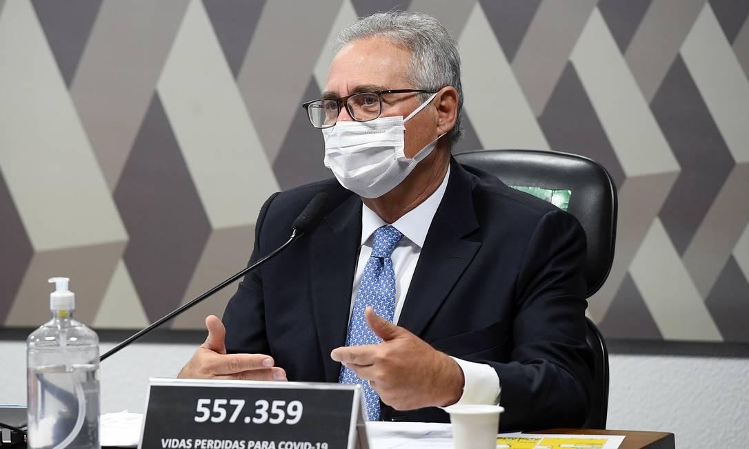 O senador Renan Calheiros, durante sessão da CPI da Covid Foto: Marcos Oliveira / Agência O Globo