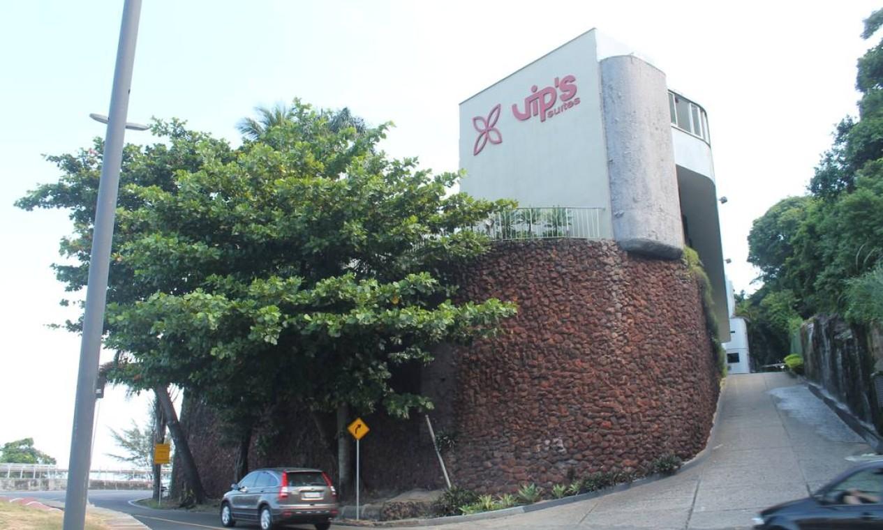 O motel Vip's, na Avenida Niemeyer, no Rio de Janeiro: nome é uma homenagem aos três filhos do proprietário, Vera, Ignácio e Pantaleão Foto: Ciça Guedes / Ciça Guedes