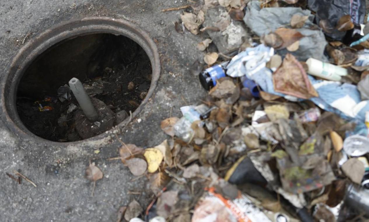 Em sete meses de desobstruções, a Secretaria municipal de Conservação retirou quase 81 mil toneladas de resíduos pelas vias da capital fluminense Foto: Luiza Moraes / Agência O Globo