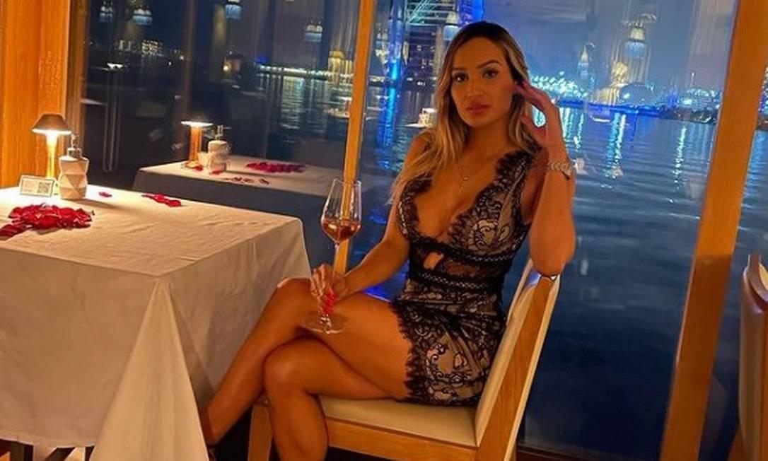 A blogueira Laís Crisóstomo Aguiar durante uma viagem a Dubai Foto: Instagram / Reprodução