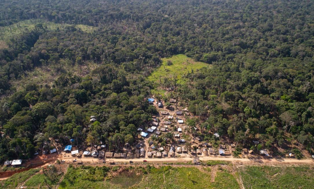 Assentamento cresce em floresta em Rondônia Foto: Brenno Carvalho/02.06.2021 / Agência O Globo