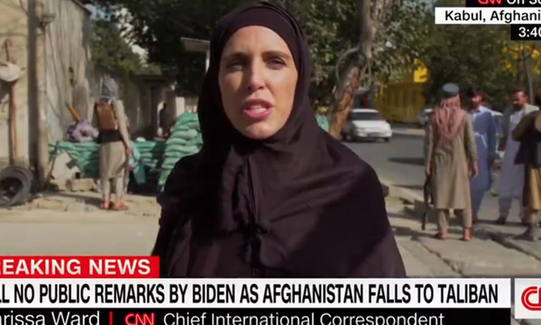 A norte-americana Clarissa Ward vem se destacando na cobertura dos acontecimentos no Afeganistão Foto: Reprodução