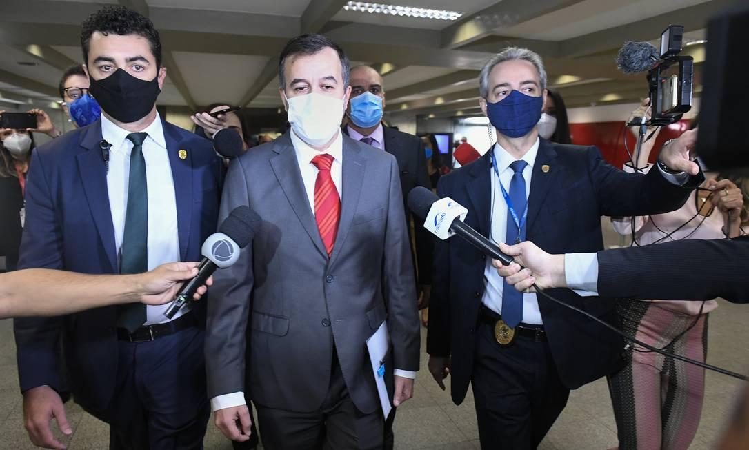 Alexandre Marques, auditor afastado do TCU, chega para prestar depoimento à CPI da Covid Foto: Jefferson Rudy / Agência Senado