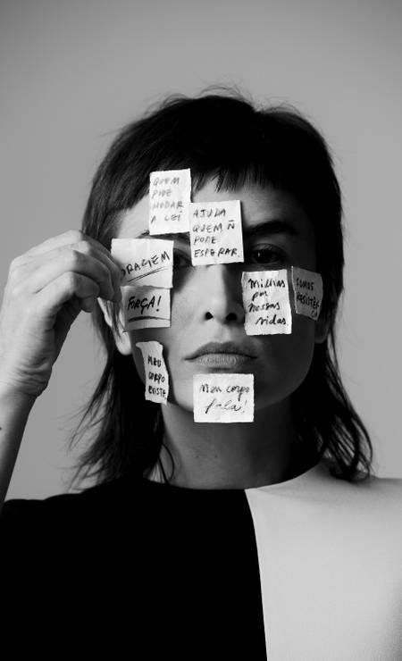 Para atriz, é preciso ultrapassar o âmbito moral da questão Foto: Bruna Castanheira / Bruna Castanheira
