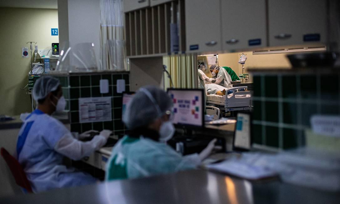 Hospital Ronaldo Gazolla, no Rio, tem maior UTI dedicada à Covid-19 do país; maior parte dos pacientes não foi vacinada Foto: Hermes de Paula / Agência O Globo