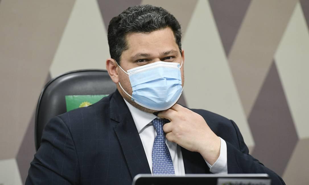 O senador Davi Alcolumbre (DEM-AP), durante sabatina de Augusto Aras na CCJ do Senado Foto: Jefferson Rudy/Agência Senado