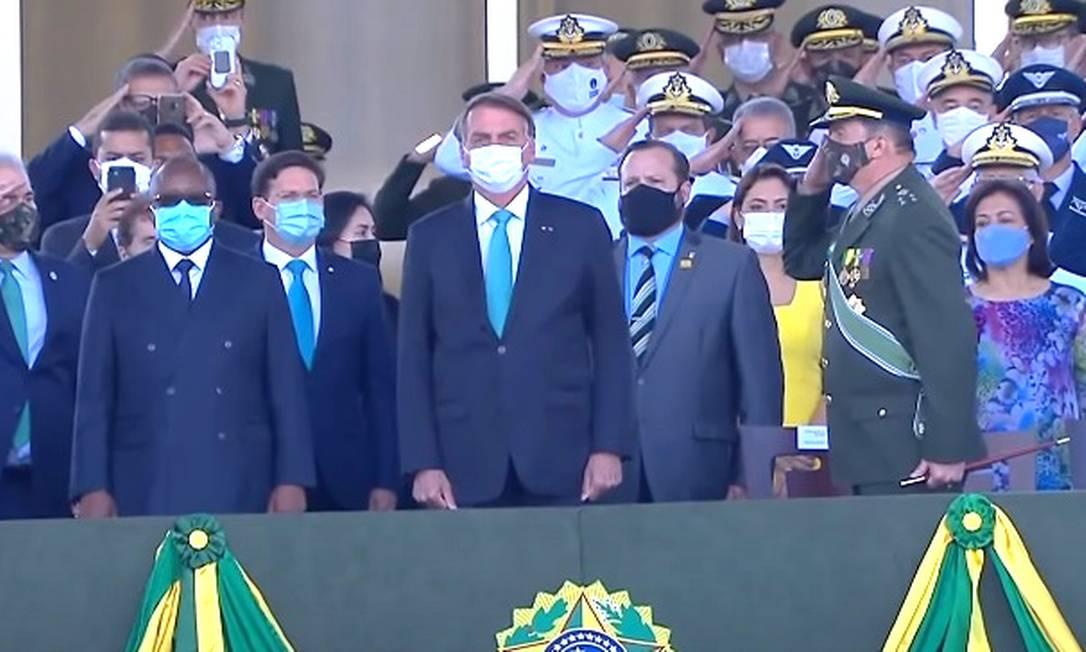 O presidente Jair Bolsonaro participa de cerimônia do Dia do Soldado Foto: Reprodução/TV Brasil