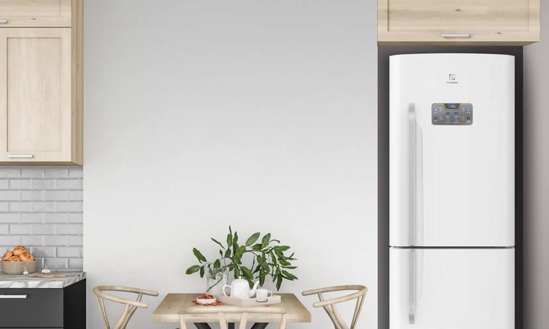 O consumo de energia elétrica das geladeiras vai depender da capacidade de armazenamento. Foto: Reprodução/Electrolux