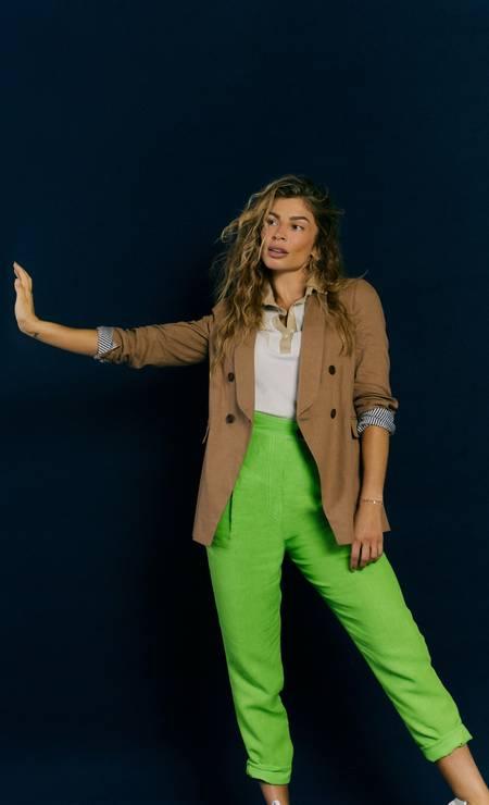 Blazer Brunello Cucinelli, camisa Polo Lacoste, calça Printing, bracelete acervo pessoal Foto: Marcus Sabah