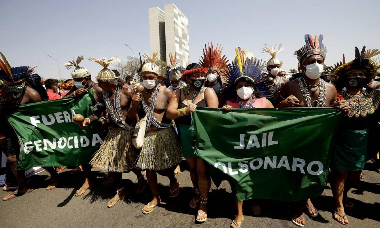 """Grupos indígenas realizaram ato contra o """"Marco Temporal"""", cujo julgamento aconteceria na quinta (26), no STF Foto: Cristiano Mariz / Agência O Globo - 27/08/2021"""