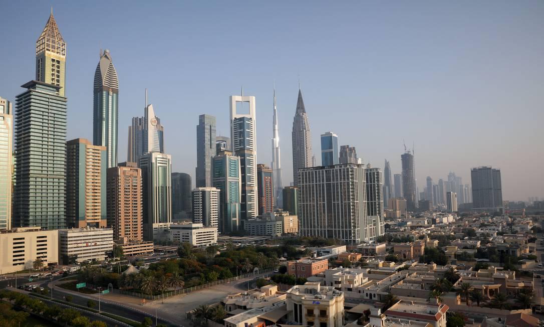 Estrangeiros representam mais de 80% da população dos sete regiões dos Emirados Árabes Unidos e têm sido o esteio da economia por décadas. Foto: CHRISTOPHER PIKE/REUTERS