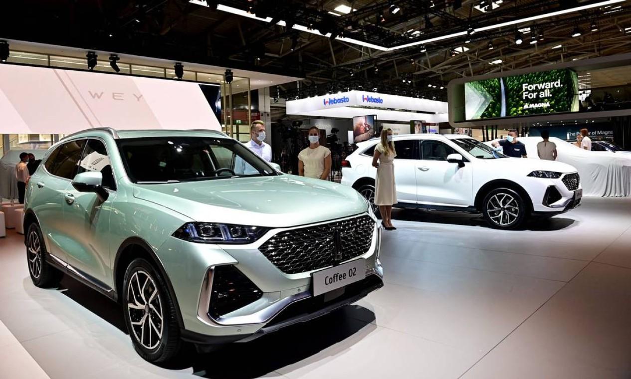 A WEY Coffee 02 modelo da montadora chinesa Great Wall Motors: empresa anunciou lançamento de carro compacto elétrico e um SUV híbrido plug-in na Europa em 2022 Foto: TOBIAS SCHWARZ / ATOBIAS SCHWARZ/FP