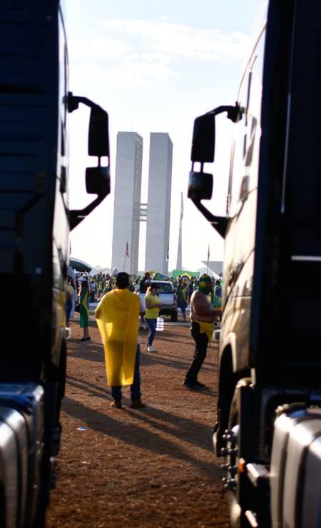 Ato em Brasília tem apoio de caminhoneiros Foto: Mateus Bonomi / Agência O Globo