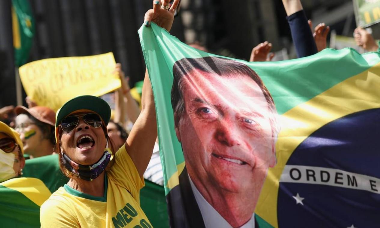 Apoiadores pró-Bolsonaro lotaram a Avenida Paulista Foto: Amanda Perobelli / Reuters