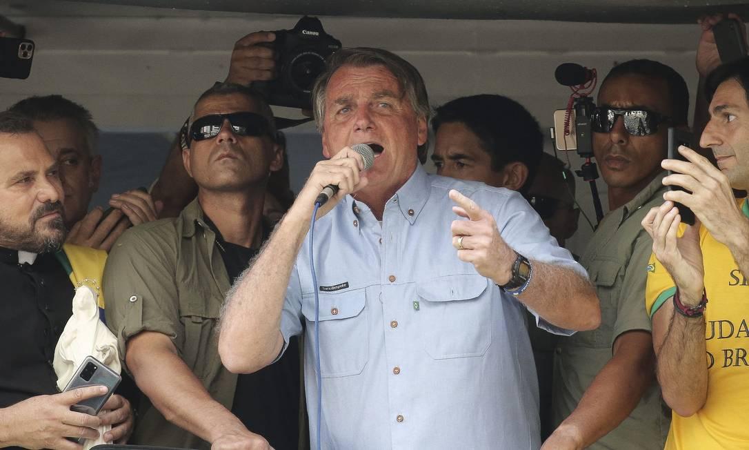 Em SP, Bolsonaro ataca Moraes e diz que 'não cumprirá' decisões do ministro do Supremo Foto: PAULO LOPES / AFP