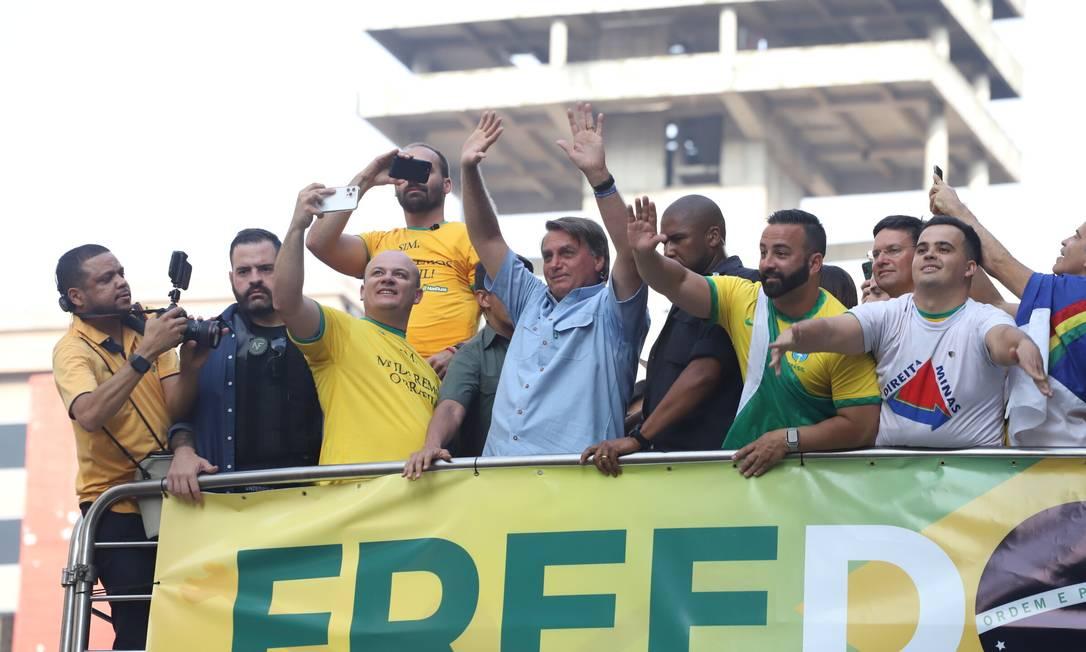 O presidente da República, Jair Bolsonaro (sem partido), durante manifestação com apoiadores na avenida Paulista, na região central de São Paulo, Foto: TheNews2 / Agência O Globo