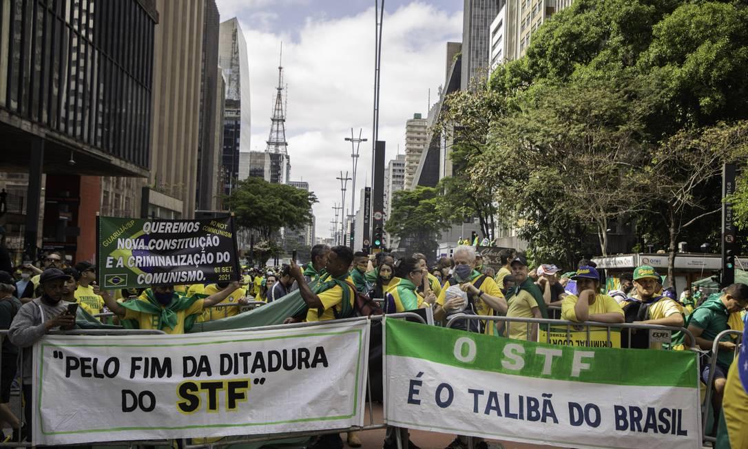 Manifestantes fazem ato em apoio ao presidente Jair Bolsonaro na Avenida Paulista Foto: Agencia Enquadrar / Agência O Globo