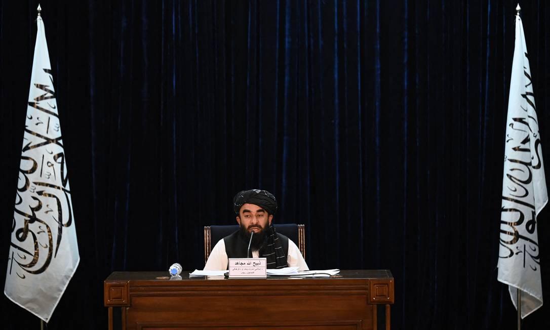 Porta-voz do Talibã, Zabihullah Mujahid, concede entrevista coletiva a repórteres em Cabul, Afeganistão Foto: AAMIR QURESHI / AFP/07-09-2021
