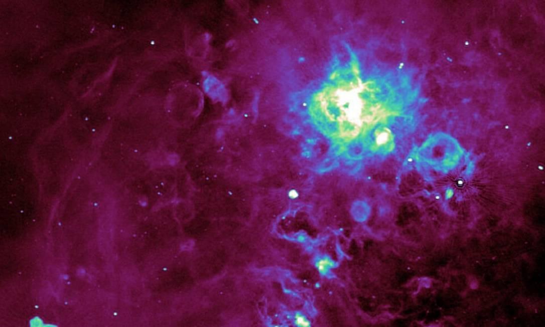 Cientistas detectaram ondas de rádio inéditas de estrelas e galáxias Foto: Universidade de Keele