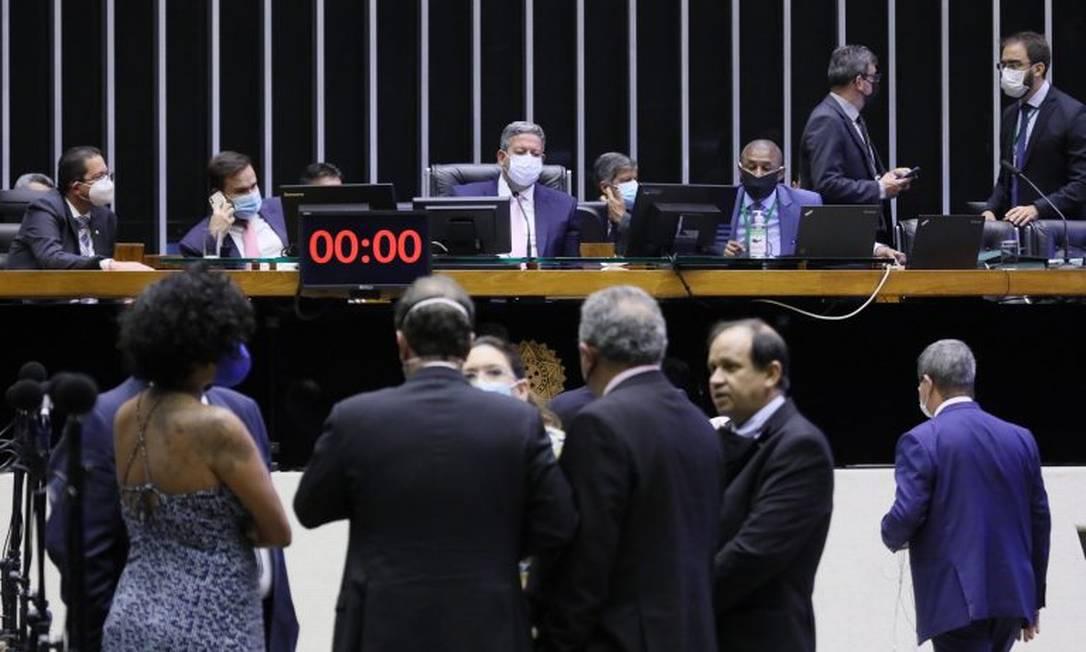 Câmara aprova texto do Código Eleitoral com restrições a pesquisas e enfraquecimento da Ficha Limpa Foto: Agência Câmara