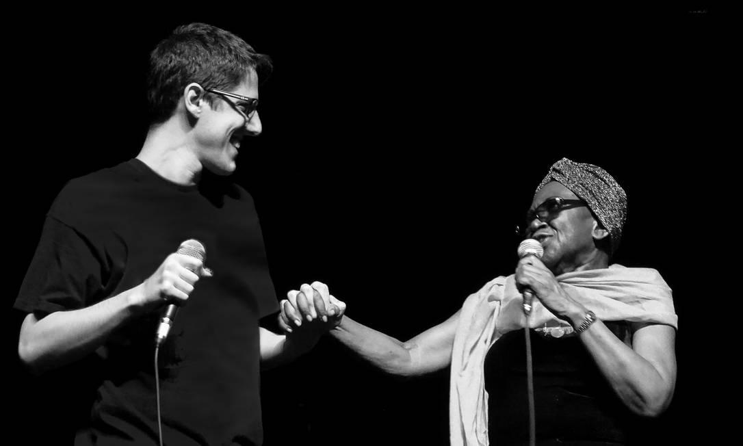 João e Áurea. Foto: Beatriz Espinosa / Divulgação