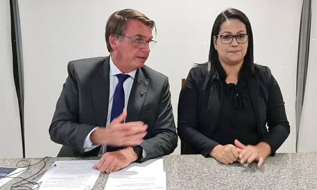 Após reação de aliados, Bolsonaro diz não ver 'nada demais' na nota de recuo que apresentou ao país Foto: Reprodução