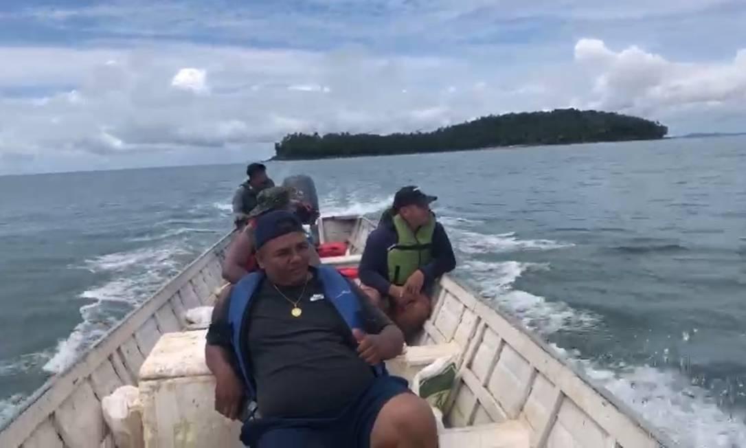 Pescadores fazem buscas por desaparecidos em naufrágio na Guiana Francesa Foto: Reprodução
