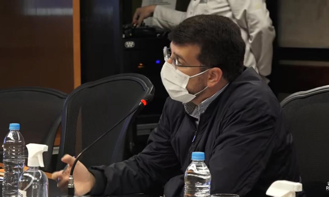 O secretário de Saúde do Rio, Daniel Soranz, em coletiva do boletim Foto: YouTube / Prefeitura do Rio / Reprodução