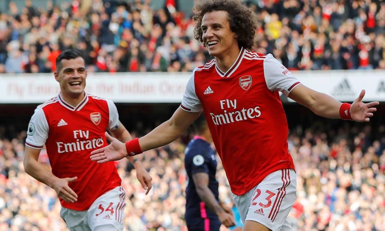David Luiz jogou entrou em campo 73 vezes pelo Arsenal Foto: TOLGA AKMEN / AFP