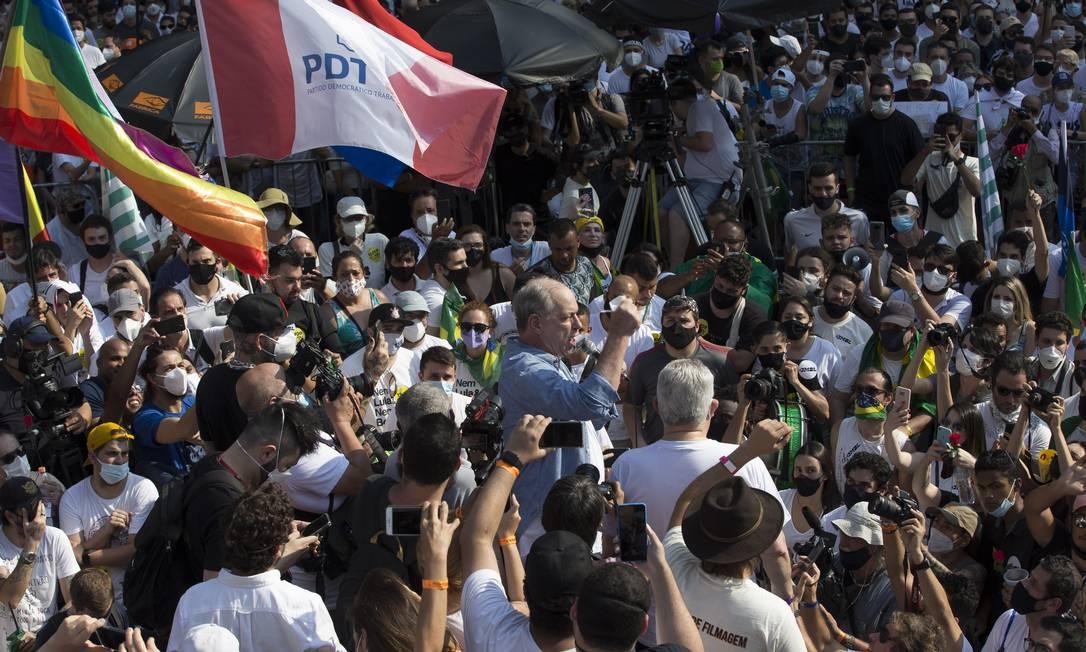 Ciro Gomes discursa em ato pelo impeachment de Bolsonaro, em São Paulo Foto: Edilson Dantas / Agência O Globo