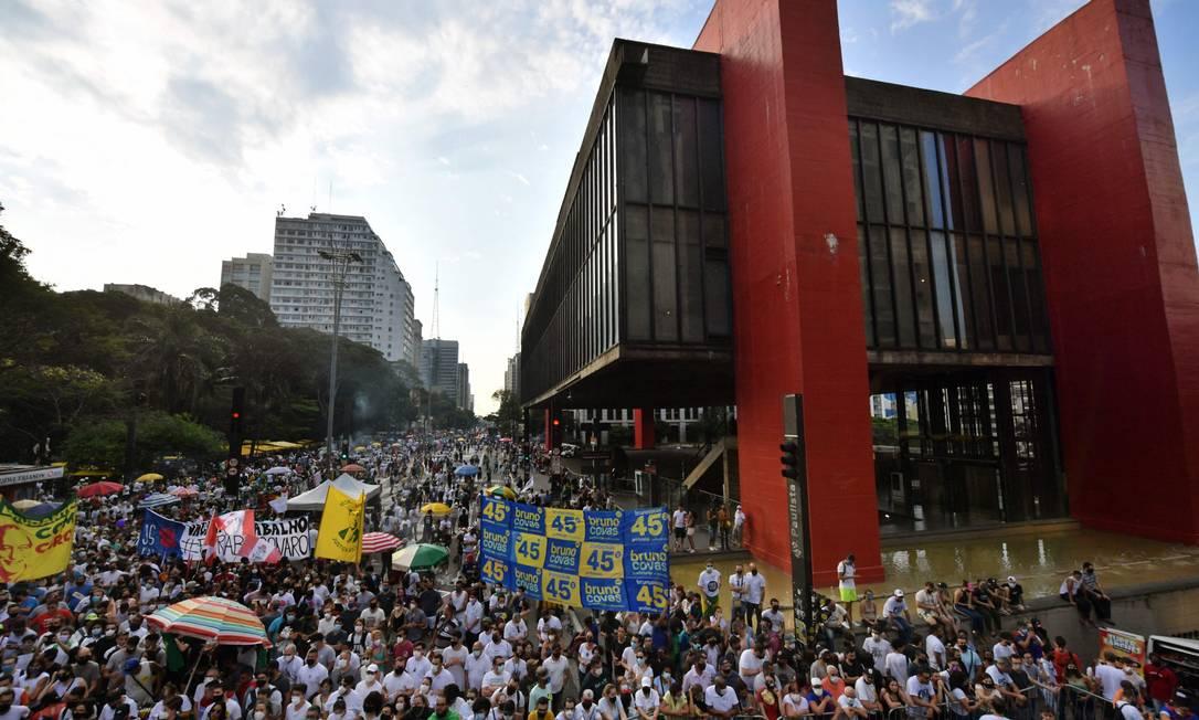 Ato na Avenida Paulista reúne políticos de partidos de campos diversos Foto: NELSON ALMEIDA / AFP