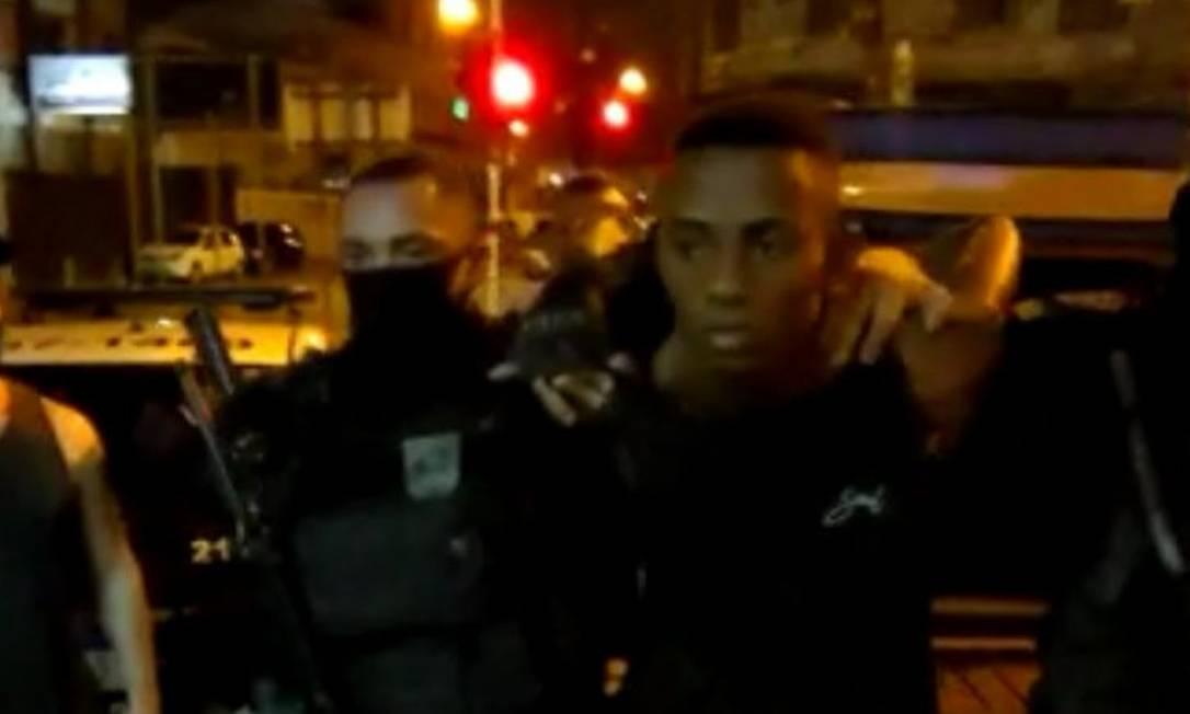 """Anderson Queiroz da Silva, o """"PQD"""", é acusado pela PM de ter participado de um ataque contra uma viatura do 5° BPM (Praça da Harmonia) Foto: Divulgação"""