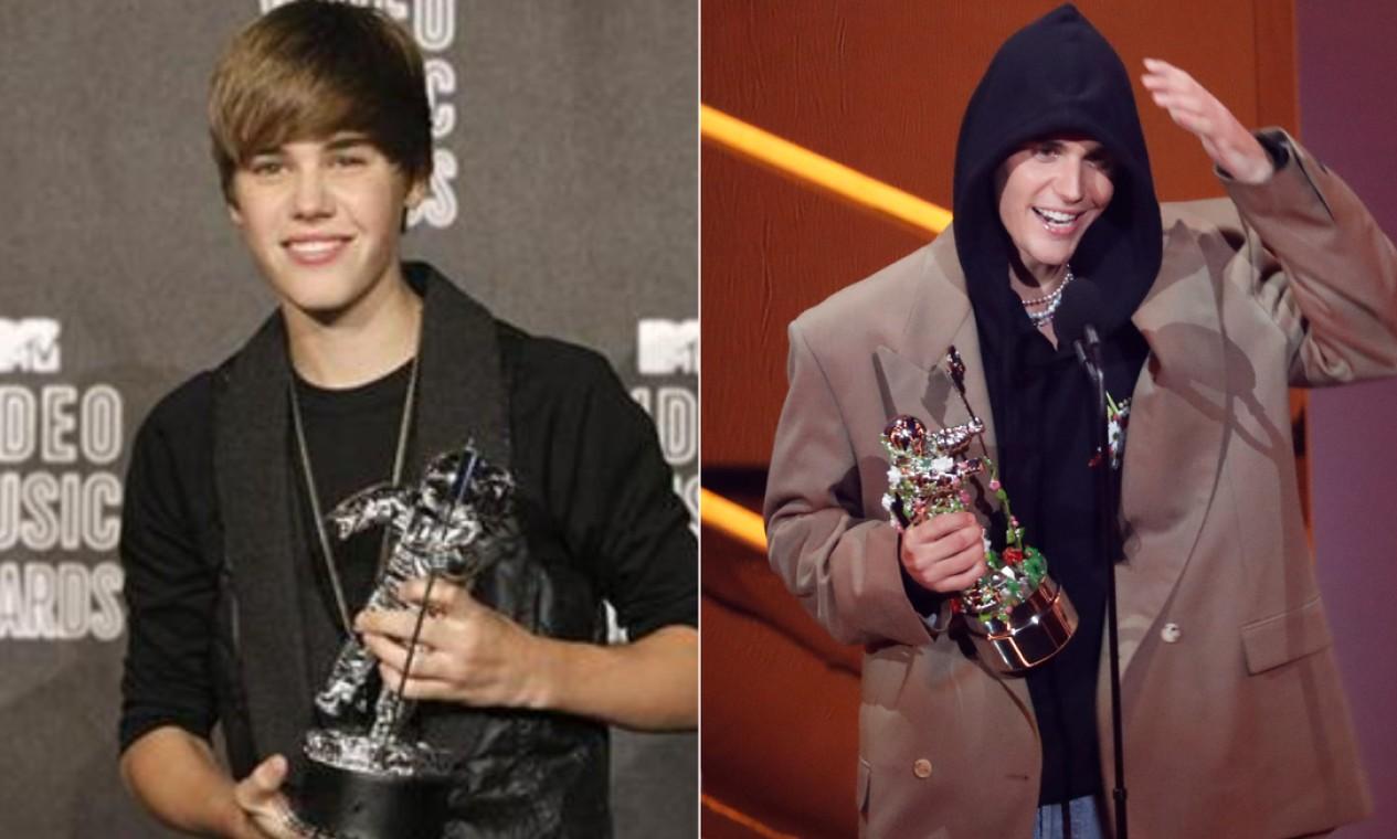 Com 16 anos, em 2000, Justin Bieber levou seu primeiro astronauta prateado para casa, o de melhor artista revelação, Vinte e um anos depois, retornou ao palco para receber o prêmio de melhor artista do ano. Foto: Reuters e AFP